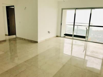 Gallery Cover Image of 1150 Sq.ft 3 BHK Apartment for rent in Lodha Venezia, Parel for 120000
