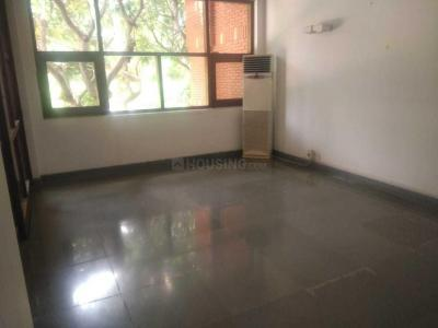 Gallery Cover Image of 10000 Sq.ft 5 BHK Independent House for rent in Sultanpur for 500000
