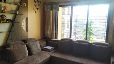 Gallery Cover Image of 630 Sq.ft 1 BHK Apartment for buy in Thane West for 7900000