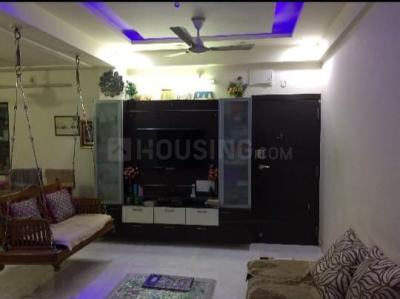 Gallery Cover Image of 2000 Sq.ft 4 BHK Apartment for rent in Thaltej for 32000