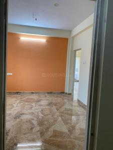 Gallery Cover Image of 865 Sq.ft 2 BHK Apartment for buy in Sithalapakkam for 3850000