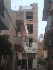 Gallery Cover Image of 2000 Sq.ft 6 BHK Independent House for buy in Burari for 6500000