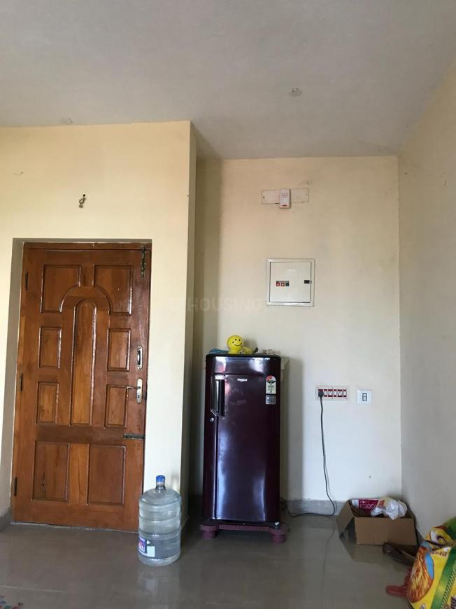 Living Room Image of 1400 Sq.ft 2 BHK Apartment for rent in Rathinamangalam for 7500