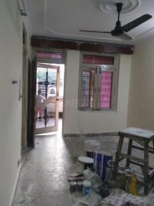 Gallery Cover Image of 450 Sq.ft 1 RK Independent Floor for rent in Sector 15 for 5500