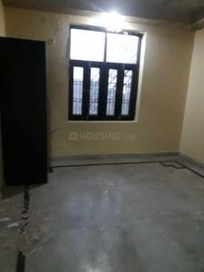Gallery Cover Image of 1359 Sq.ft 3 BHK Apartment for rent in Omega II Greater Noida for 10000