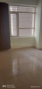 Gallery Cover Image of 900 Sq.ft 3 BHK Apartment for rent in Auric City Homes, Sector 82 for 15000