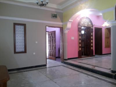 Gallery Cover Image of 1200 Sq.ft 2 BHK Apartment for rent in Bendre Nagar for 19000