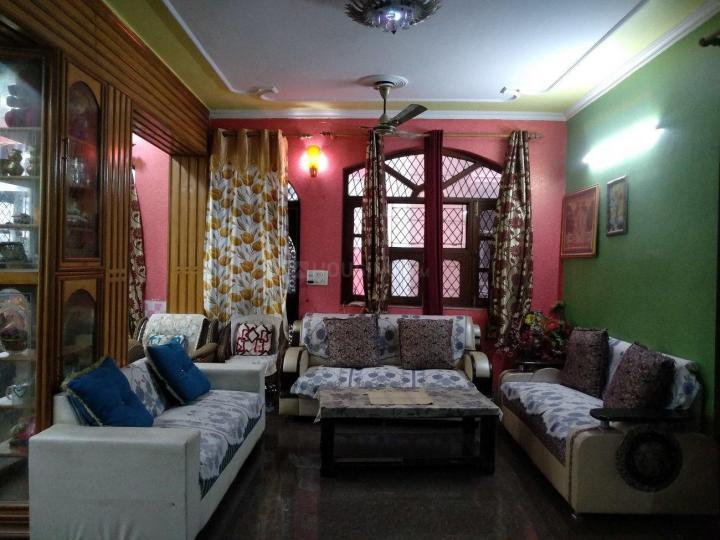 Living Room Image of Harman PG in Chhattarpur