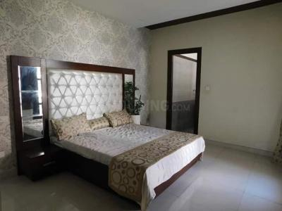 Gallery Cover Image of 2520 Sq.ft 4 BHK Apartment for buy in Green Field Colony for 8600000