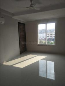 Gallery Cover Image of 2000 Sq.ft 3 BHK Apartment for rent in Bharthal for 33000