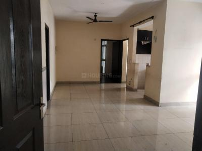 Gallery Cover Image of 1270 Sq.ft 2 BHK Apartment for rent in Crossings Republik for 7000