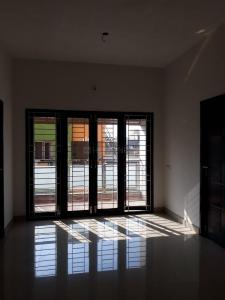 Gallery Cover Image of 810 Sq.ft 2 BHK Apartment for buy in Kumananchavadi for 3483000