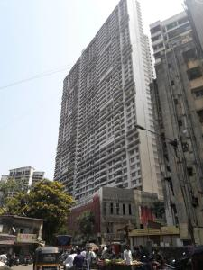 Gallery Cover Image of 1815 Sq.ft 3 BHK Apartment for buy in Malad East for 35000000