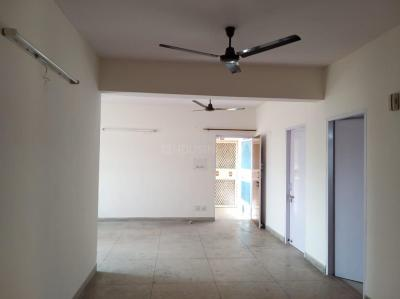 Gallery Cover Image of 1800 Sq.ft 4 BHK Apartment for rent in Alpha I Greater Noida for 16500