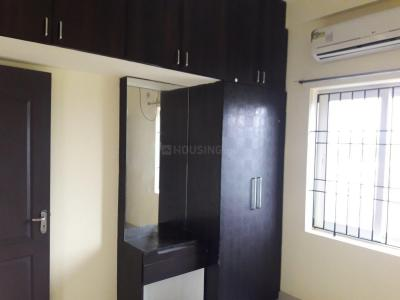 Gallery Cover Image of 1150 Sq.ft 2 BHK Apartment for rent in Sholinganallur for 16000