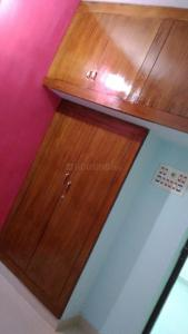 Gallery Cover Image of 640 Sq.ft 2 BHK Apartment for rent in Pallavaram for 10000