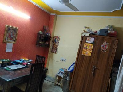 Gallery Cover Image of 630 Sq.ft 2 BHK Independent Floor for buy in Laxmi Nagar for 4000000