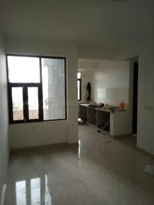 Gallery Cover Image of 950 Sq.ft 2 BHK Apartment for buy in Maxheights Dream Homes, Sector 61 for 2250000