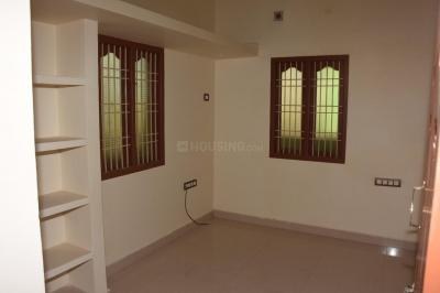 Gallery Cover Image of 1200 Sq.ft 3 BHK Independent House for buy in Pozhichalur for 6000000