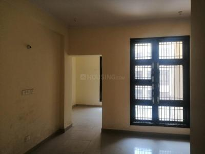 Gallery Cover Image of 900 Sq.ft 2 BHK Apartment for rent in Eta 2 Greater Noida for 8000