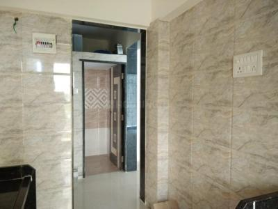 Gallery Cover Image of 880 Sq.ft 2 BHK Apartment for rent in Golden Naigaon Homes, Naigaon East for 11000