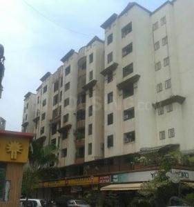 Gallery Cover Image of 610 Sq.ft 1 BHK Apartment for rent in Kandivali East for 22000