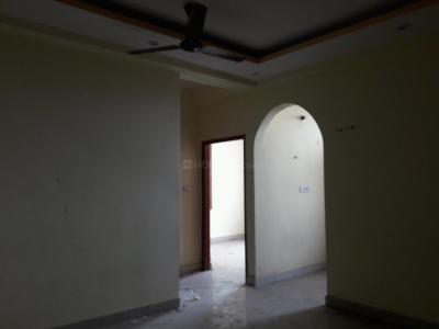 Gallery Cover Image of 630 Sq.ft 2 BHK Apartment for rent in Sector 23 Dwarka for 11000
