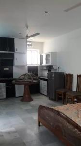 Gallery Cover Image of 900 Sq.ft 1 BHK Apartment for rent in Alaknanda for 25000