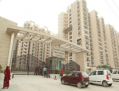 Gallery Cover Image of 1470 Sq.ft 3 BHK Apartment for buy in Gaursons 10th Avenue, Noida Extension for 5400000