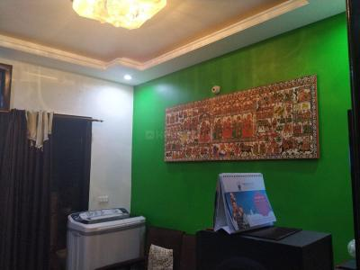 Gallery Cover Image of 600 Sq.ft 2 BHK Independent Floor for rent in Chhattarpur for 20000