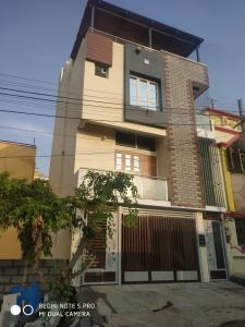 Gallery Cover Image of 2300 Sq.ft 4 BHK Independent House for buy in J P Nagar 8th Phase for 15000000