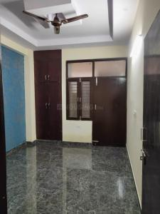 Gallery Cover Image of 625 Sq.ft 1 BHK Independent Floor for buy in Lucky Palm Village, Noida Extension for 1290000