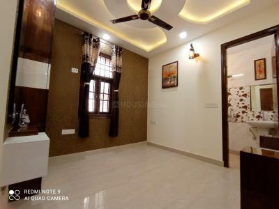 Gallery Cover Image of 740 Sq.ft 3 BHK Independent Floor for buy in BMS Residency, Uttam Nagar for 4000000