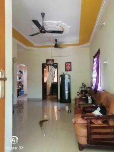 Gallery Cover Image of 1026 Sq.ft 2 BHK Independent House for buy in Veppampattu for 3600000