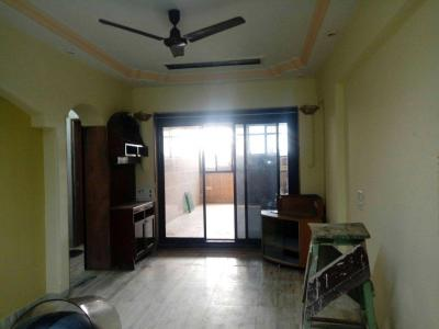 Gallery Cover Image of 560 Sq.ft 1 BHK Apartment for buy in Kandivali West for 8000000