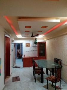 Gallery Cover Image of 1500 Sq.ft 2 BHK Apartment for rent in Vasna for 20000
