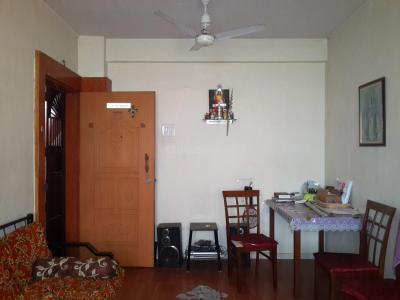 Gallery Cover Image of 571 Sq.ft 1 BHK Apartment for buy in Thane West for 5100000