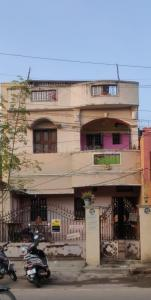Gallery Cover Image of 1200 Sq.ft 2 BHK Independent House for buy in Perambur for 35000000