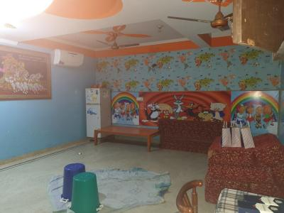 Gallery Cover Image of 730 Sq.ft 1 BHK Independent Floor for rent in Sector 12 Dwarka for 30000
