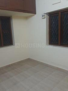Gallery Cover Image of 750 Sq.ft 2 BHK Independent House for rent in Kodambakkam for 14000