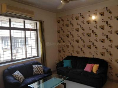 Gallery Cover Image of 750 Sq.ft 2 BHK Apartment for rent in Bandra West for 75000