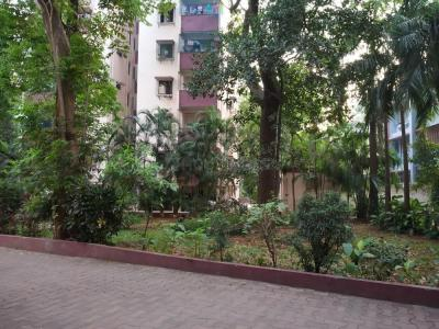 Gallery Cover Image of 920 Sq.ft 2 BHK Apartment for rent in Bandra West for 65000