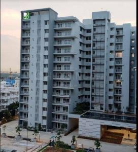 Gallery Cover Image of 3230 Sq.ft 4 BHK Apartment for buy in DNR Reflection, Bellandur for 31600000