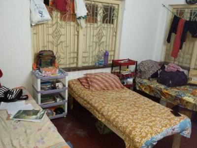Bedroom Image of Girls PG Near Kavi Nazrul Metro in Garia