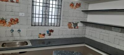 Gallery Cover Image of 700 Sq.ft 3 BHK Independent Floor for rent in Kodungaiyur West for 14000