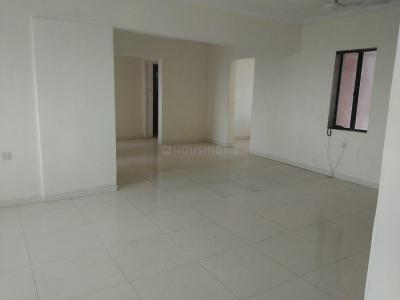 Gallery Cover Image of 1700 Sq.ft 3 BHK Apartment for rent in Goregaon East for 35000