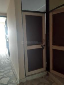 Main Entrance Image of Roma Girl's PG in Ramesh Nagar