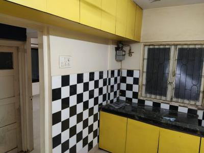 Gallery Cover Image of 620 Sq.ft 1 BHK Apartment for rent in Siddhivinayak CHS, Kandivali East for 21000