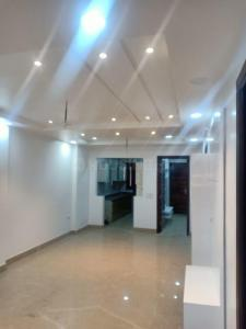Gallery Cover Image of 900 Sq.ft 3 BHK Independent Floor for buy in Shalimar Bagh for 15000000