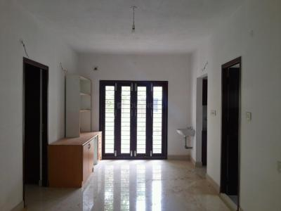 Gallery Cover Image of 950 Sq.ft 2 BHK Apartment for buy in Koyambedu for 7125000